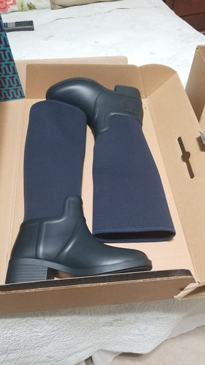 NEW Dark Navy rubber boot with black heel -7 med for Sale in Lakewood, CO