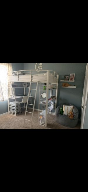 shelf and desk twin bed for Sale in Winter Haven, FL
