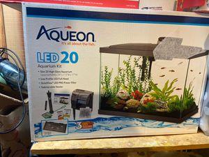 AQUEON FISH AQUARIUM for Sale in Fairfax, VA
