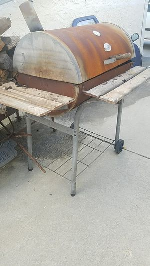 BBQ CHARQOL GRILL for Sale in Los Angeles, CA