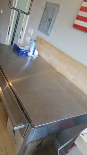 Kitchen island 5x2 3ft tall for Sale in Los Angeles, CA