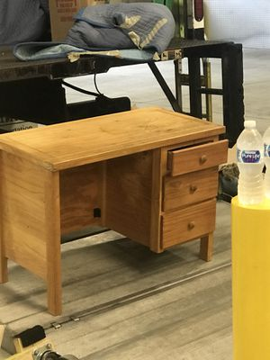 Desk with chair for Sale in Bethesda, MD