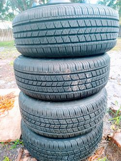 Jeep tires an wheels. Iron Man tires use for 1 week for Sale in Tamarac,  FL