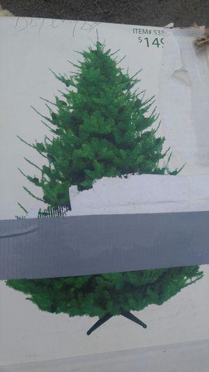 Crismas tree. ARBOL DE NAVIDAD. good contition. 7.5. Completo for Sale in San Diego, CA