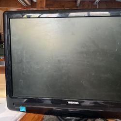 Free Toshiba Monitor for Sale in Des Moines,  WA