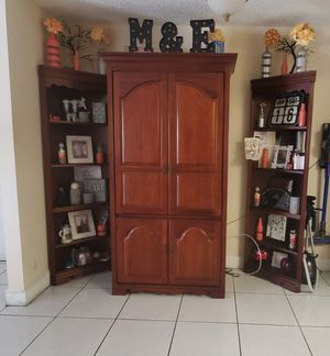 TV Stand, entertainment center for Sale in Miami, FL