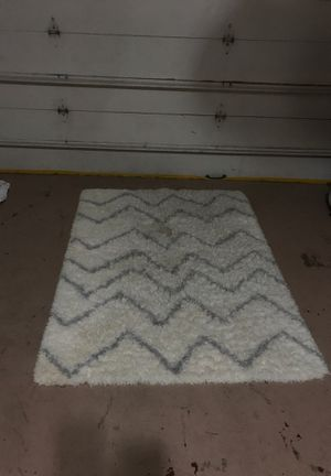 Rug free for Sale in Miami, FL