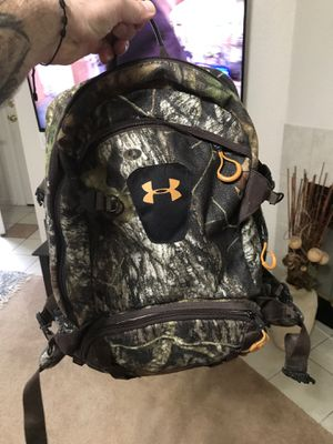 Under armour hiking backpack for Sale in Modesto, CA
