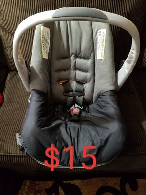 Car seat carrier NEW for Sale in Lakewood, CA