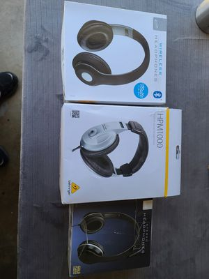 Headphones lot for Sale in Gardena, CA