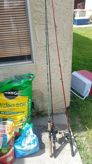 3 fishing poles w/line and reel for Sale in El Monte, CA