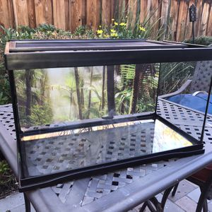 Zoo Med 20 Gallon Tank for Sale in Discovery Bay, CA