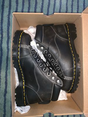 Dr Martens new size 8 men's boots for Sale in San Leandro, CA