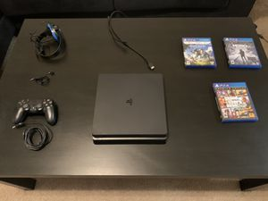 PS4 Slim 500GB (Excellent Condition) for Sale in Alafaya, FL