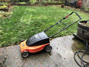 """Black & Decker Lawnhog 19"""" electric lawn mower mulcher - MM875 19 inch for Sale in Portland, OR"""