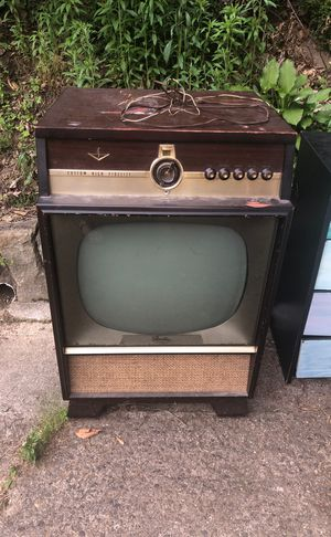 Vintage TV for Sale in Charleston, WV