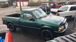 Ford ranger 99 stick shift no lights on dash ac heat works motor great for Sale in Reading, PA