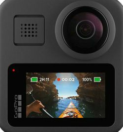 GoPro MAX with 3-Way tripod and 512GB Samsung memory card for Sale in Silver Spring,  MD