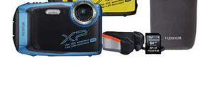 Fugi film finepix xp140 digital camera bundle for Sale in Milwaukie, OR
