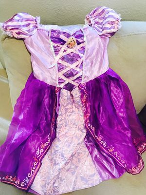 Rapunzel costume/ Disfraz de Rapunzel for Sale in Las Vegas, NV