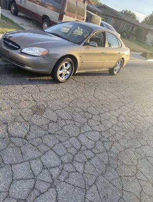 2002 Ford Taurus for Sale in Lancaster, CA