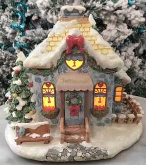 Collectible Hawthorn Christmas Village Jolly Restaurant Inn . for Sale in Tampa, FL
