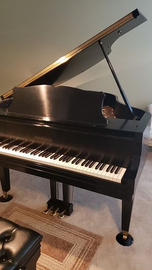 Chickering Baby Grand piano, in excellent condition , LIKE NEW for Sale in Warrenton, VA