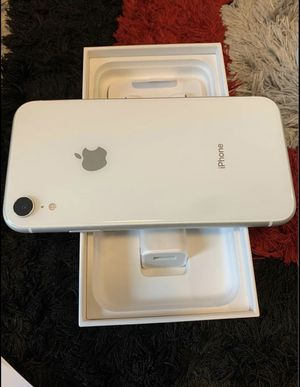 Brand New IPhone 11 XR 128 GB Unlocked for Sale in Hammond, IN