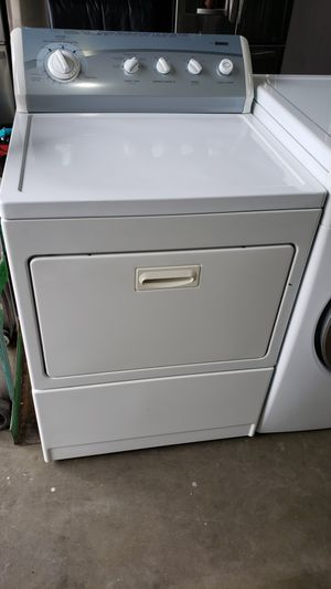 LIKE NEW !! KENMORE 80 SERIES GAS DRYER for Sale in Covina, CA