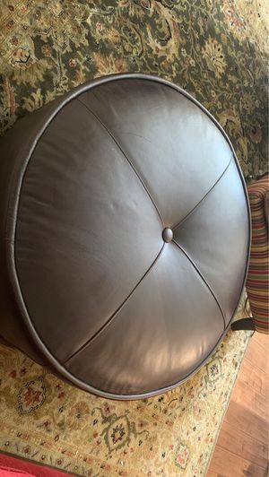 HW home leather ottoman with tray for Sale in Denver, CO