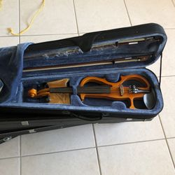 Cecilio Violin 🎻 for Sale in Hialeah,  FL