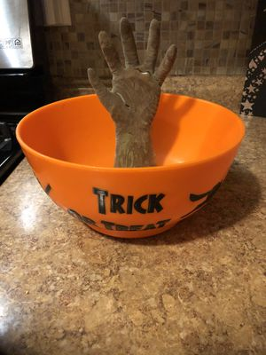 10$ trick or treat hand bowl for Sale in Tacoma, WA