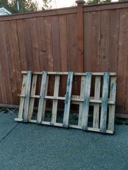 Free Pallet for Sale in Lynnwood,  WA