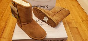 Bearpaw Short Boots size 7 and 8 for women . for Sale in Paramount, CA