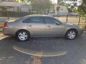 Chevy impala 2006 71,000 miles ltz for Sale in Newark, NJ