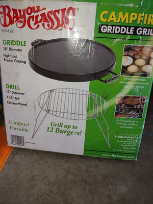 Bayou classic campfire griddle grill for Sale in Hudson, FL