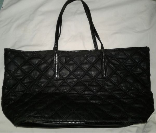 364c092909 Black Faux Leather, Quilted, Bebe Tote Bag... for Sale in Hesperia, CA ...
