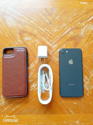 iphone 8 T-Mobile / metro pcs / tracfone 64 gbs for Sale in Falls Church, VA