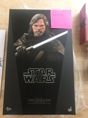 Hot Toys Star Wars MMS458 TLJ Luke Skywalker Deluxe for Sale in Long Beach, CA