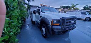 2005 Ford f450 utility truck for Sale in Miami, FL
