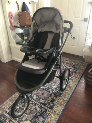 Graco Travel System Jogger with Infant Car seat and Adapter for Sale in Everett, WA