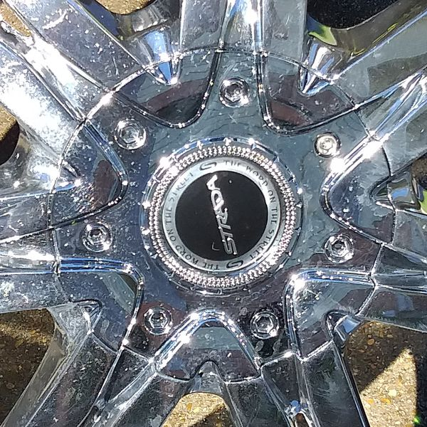 Strada Chrome Rims with Tires