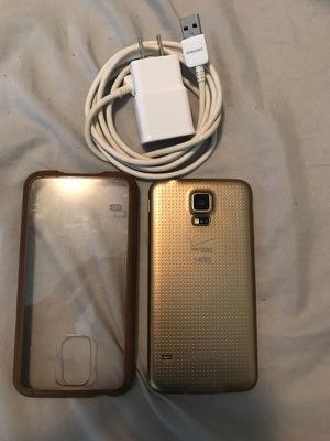 Samsung galaxy s5 for Sale in Laveen Village, AZ