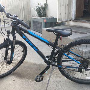 Trek 21 Speed Boys bike for Sale in Long Beach, CA