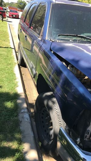 Parts for 2001 chevy tahoe for Sale in Arlington, TX
