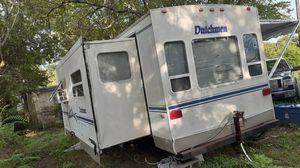 Año 2002 Rv en buenas condiciones el precio podría ser negociable . for Sale in Dallas, TX