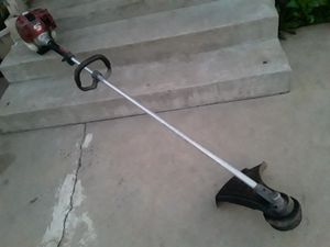 Shindawa Commercial Weed Eater for Sale in Riverside, CA