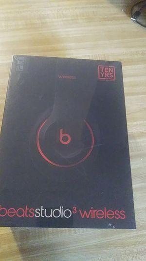 Beats studio3 wireless 10th anniversary for Sale in Wilmington, CA