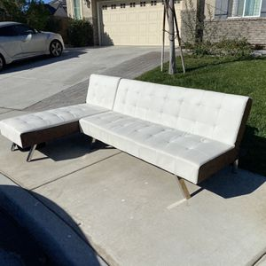 L-shaped White Couch for Sale in Eastvale, CA