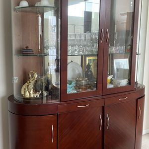 Mahogany Solid Wood Glass Dining Storage Cabinet for Sale in Carpentersville, IL